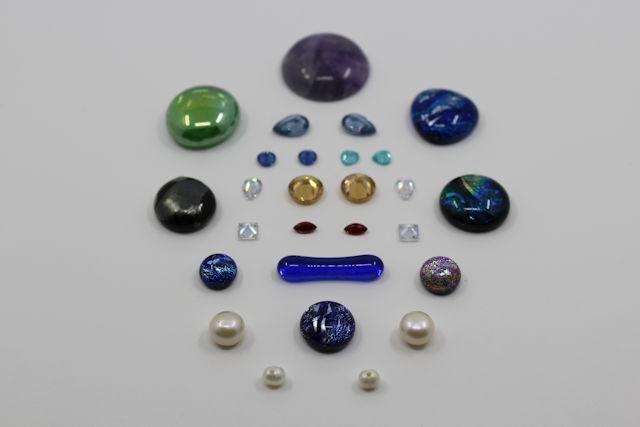 Steine, Zirkonia, Perlen